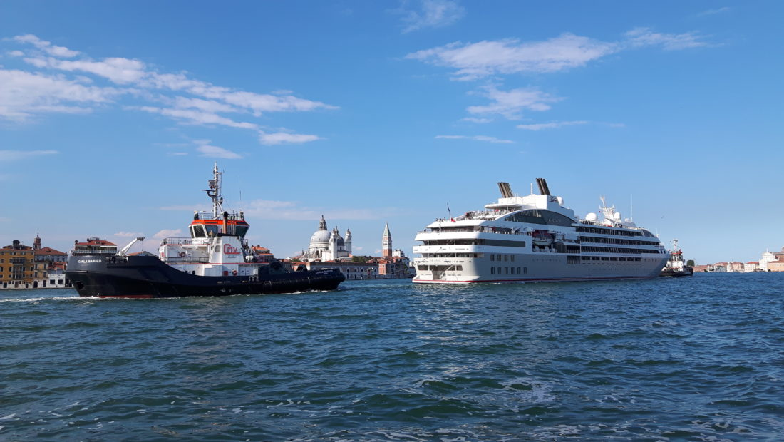 Grandi navi a Venezia: stop dal 1 agosto