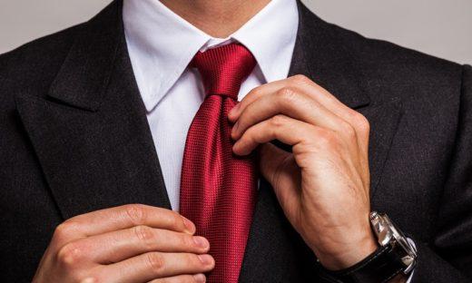 Il declino del simbolo iconico maschile: la cravatta