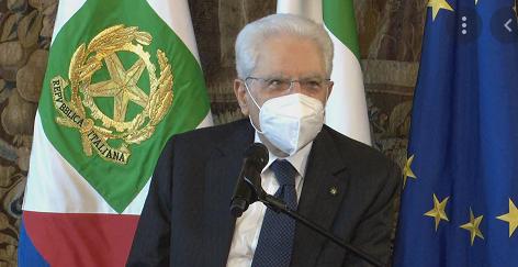 Via libera di Mattarella al nuovo decreto Green pass. Niente più sospensioni