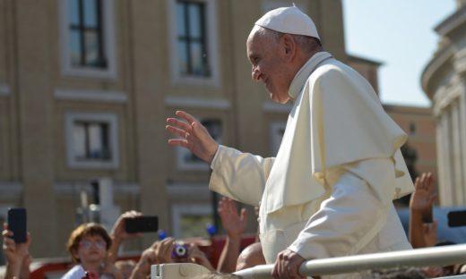 Papa Francesco dimesso dal Gemelli di Roma