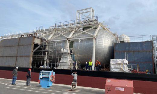 Nasce in Italia il primo distributore galleggiante per navi alimentate a gas