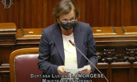 """La ministra Lamorgese: """"Fatti di Milano e Trieste come quelli di Roma"""""""