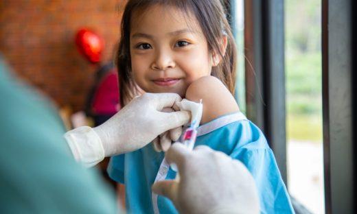 Vaccini Covid ai bambini: la decisione negli Usa